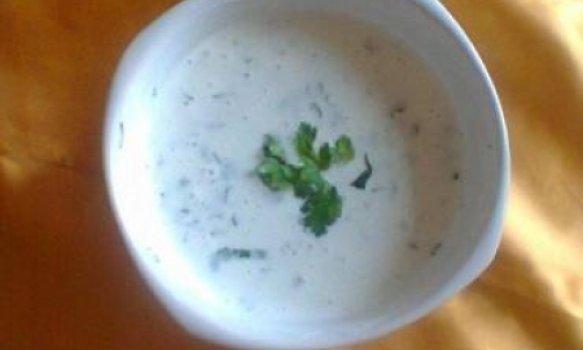 salada de pepino com iogurte