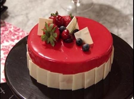 Torta mousse de chocolate e fruta