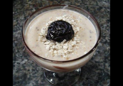 Iogurte Caseiro de Ameixa