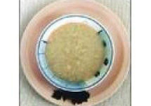 Sopa creme de couve flor e tomates secos