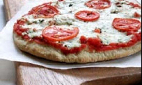 Pizza de alho e queijo light