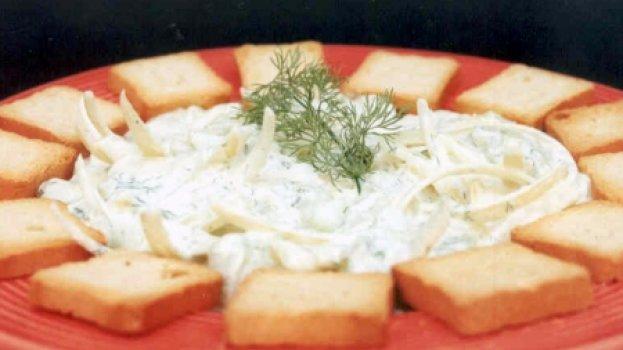 Salada de Pepino Temperado