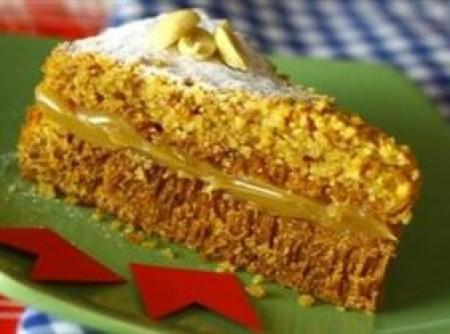 Bolo de Amendoim sem Farinha | claudia Albuquerque
