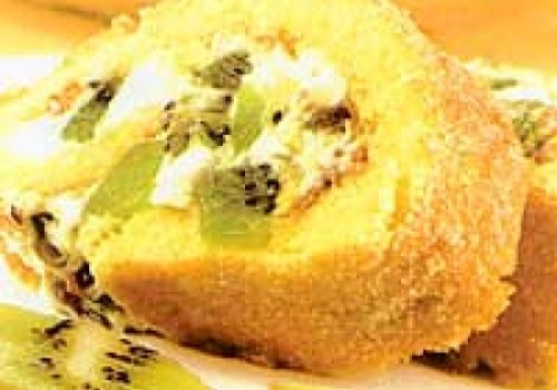 Rocambole de kiwi e pistache