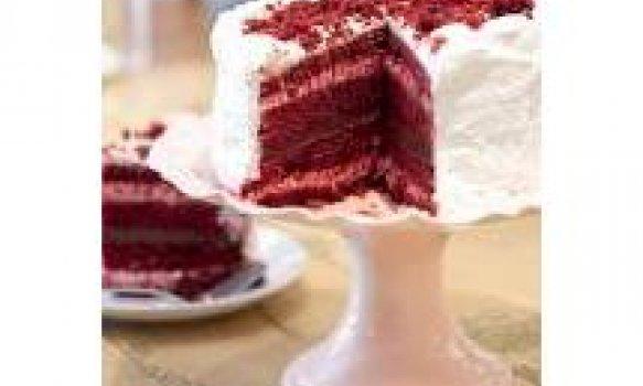 Bolo Veludo Vermelho (Red Velvet Cake)