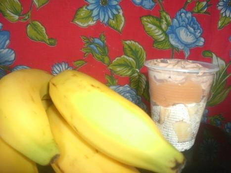 Sobremesa Gelada Rápida de Banana | Lucimar Correa Silva
