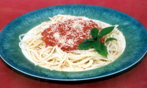 Espaguete ao Sugo