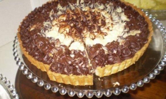 Torta trufada branca e preta