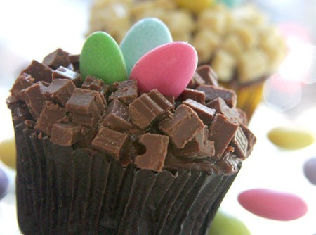 Cupcake de Chocolate ao cubo com ninho de Amêndoas