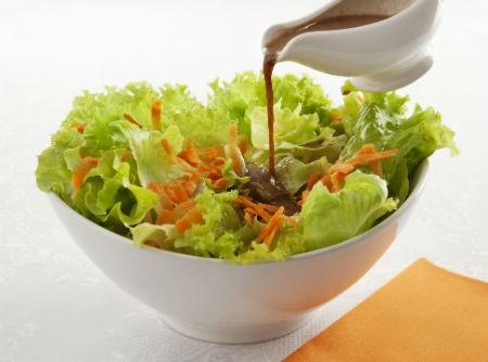 Salada ao Molho Shoyu e Iogurte | Ajinomoto