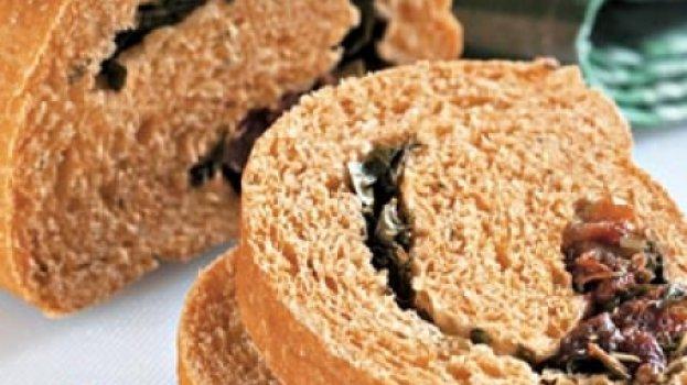 Pão com Tomate Seco e Manjericão