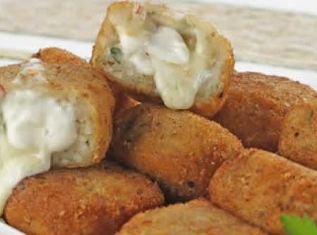 Nuggets de frango com requeijão by k&m