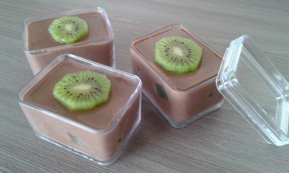 Mousse de Chocolate com Kiwi