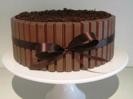 Bolo de brownie com chocolate wafer | Selma Márcia