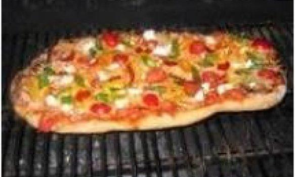 Pizza na churrasqueira