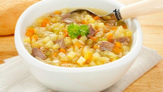 Sopa de legumes com carne e macarrão/CyberCook