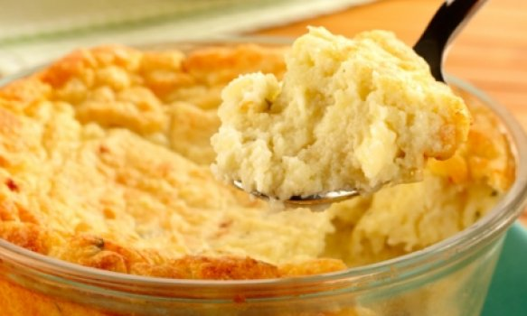 Suflê de batata com queijos