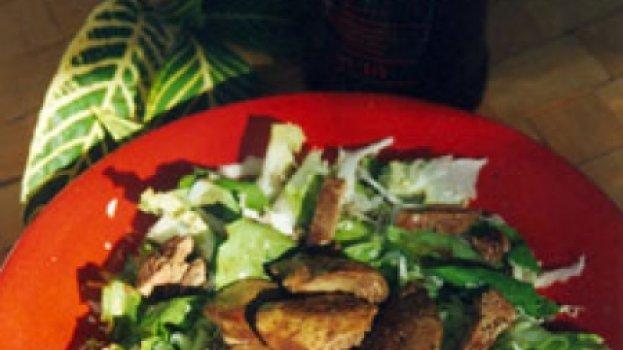 Salada Verde com Fígado de Galinha ao Marsala