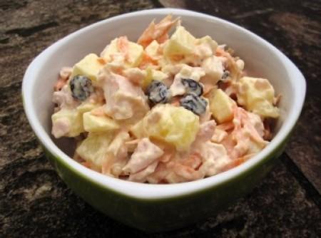 Salpicão de Frango com Cenoura, Milho, Maionese e Palmito | Maria Teresa