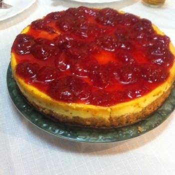 Cheesecake com Cobertura de Morangos | Maria Barbosa