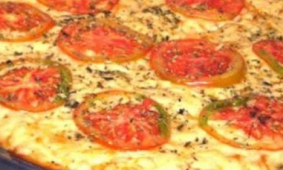 Pizza prática de mussarela