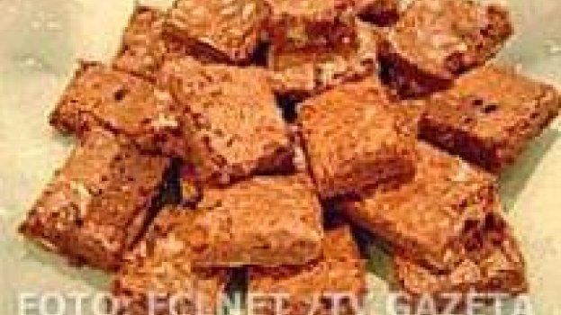 Brownie de Chocolate com Nozes e Passas