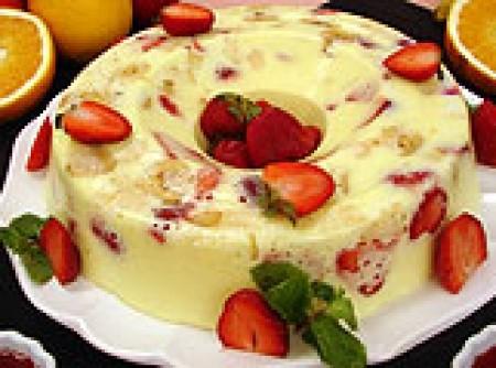 Pudin de frutas de creme 4 leites | Cássia Ducati