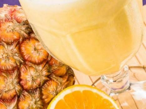 Suco de Abacaxi com Laranja | Jorge Celio
