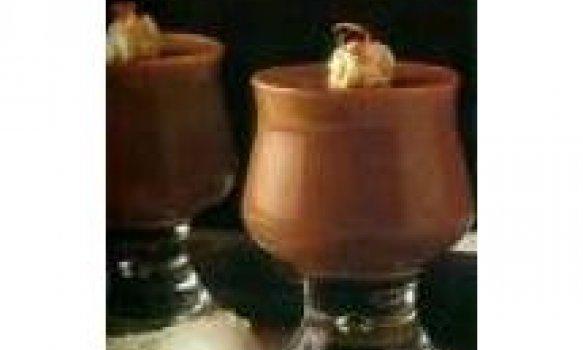 Mousse de Chocolate com avelãs
