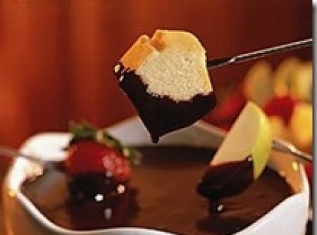 Fondue de Chocolate ao Vinho Branco   Vanessa Tarouquella