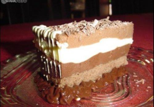 Torta Mousse Tricolor