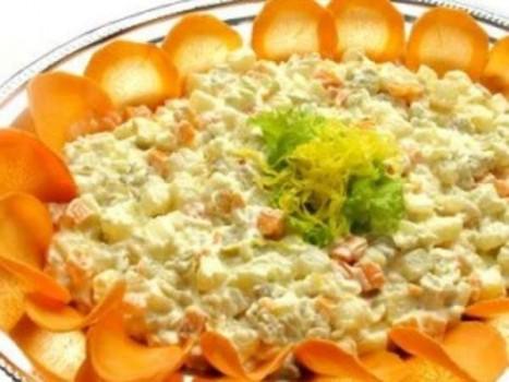 Salada de Maionese | Rebecca Alcântara
