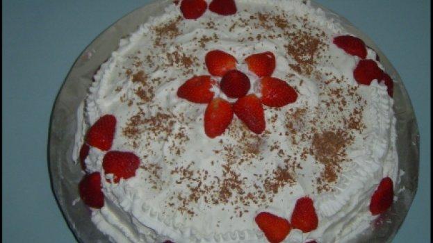 Bolo de Morango com Chocolate