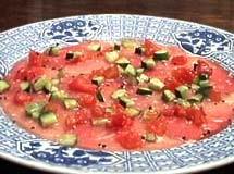 Carpaccio de Carne com Tomate, Pepino e Gengibre