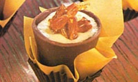 Copinho de chocolate com mousse de laranja