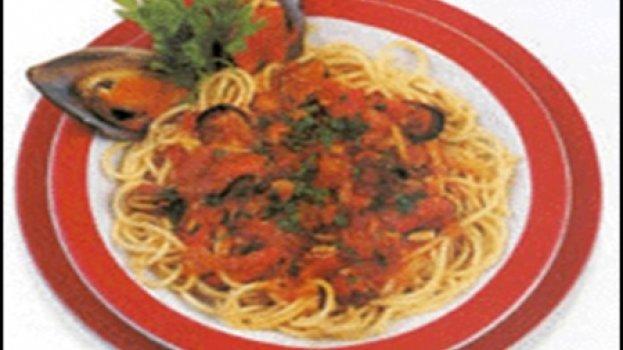 Espaguete com Mariscos à Provençal