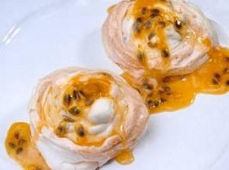 Tigelinhas de suspiro com maracujá   elisabete ferreira mello