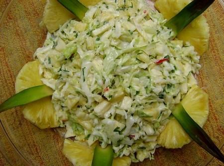 Salada de Repolho e Abacaxi