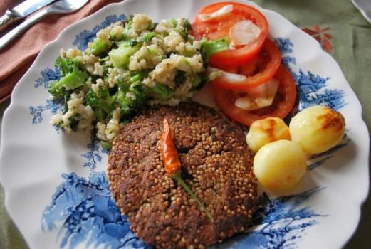 Hamburguer de feijão preto com quinoa | Marcia Guerra