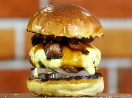 Bacon Barbecue Burger   CyberCook