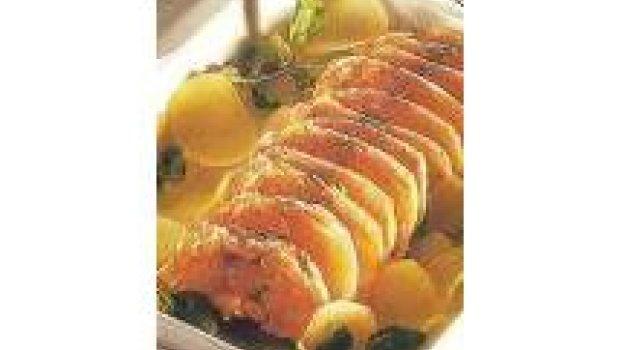 Rosbife de salmão com batata e agrião