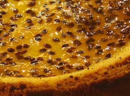 Cheese cake com calda de maracujá | Elisabeth Farias