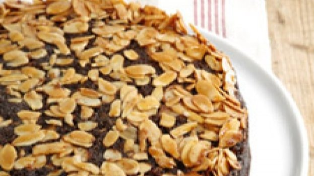 Bolo Invertido de Chocolate e Amendoas
