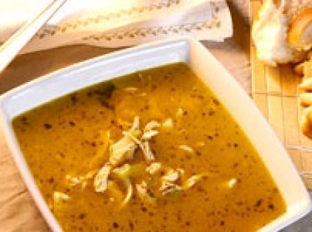 Sopa Picante de Frango e Salsão - LIGHT