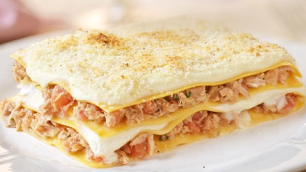 Lasanha de Frango com Leite de Coco Prato ganha toque picante com curry e páprica