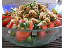 Salada de bacalhau com broto de alfafa e tomate grelhado | Luiz Lapetina