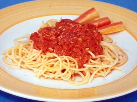 Espaguete com Molho de Tomate | CyberCook