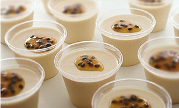 Mousse de Maracujá com Chocolate Branco em Copinhos
