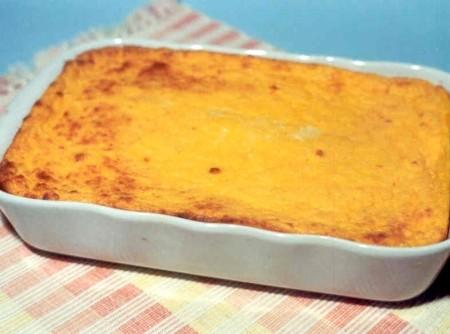 Suflê de Cenoura com Queijo Prato
