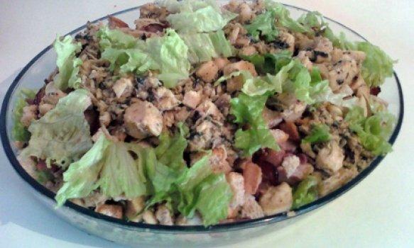 Salada de Frango com Bacon Especial